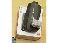 BG-E7 Battery Grip for Canon EOS 7D Mint + spare LP-E6 batteries + 8-AA tray