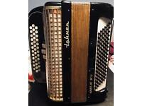 Hohner Gaelic Ivs 3 Row Button Accordion (Black)