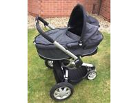Quinny Buzz dreamy carrycot and pushchair.