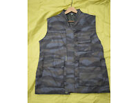 New - Rare SERBIAN Police/ARMY Cold Weather VEST (Large)