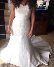 Day & Evening Wedding Dresses, Size 8, Original Cost £1,130 Bargain Sell £350 the lot!!