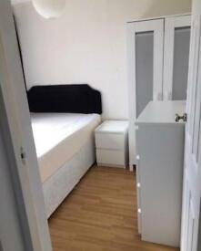 Small but bright double room, walking distance from UHI and Raigmore hospital £360pcm