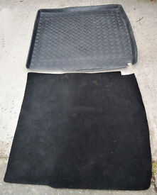 Vauxhall Insignia Estate waterproof boot liner and inlay carpet
