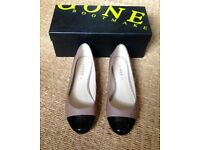 Jones Shoes - size 5