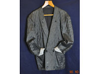 GIVENCY Gentleman French made vintage designer suit. Late 1980s. 32W x 30. 40-44chest. One owner!