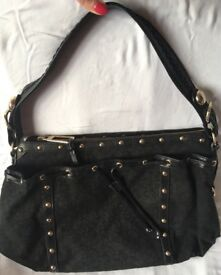 Black DKNY Bag *amazing price*