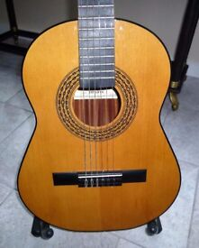 Admira 'Infante' 3/4 size Classical Guitar made in Spain