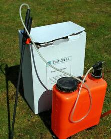 Triton 16 Knapsack Sprayer in good condition. In excellent working order