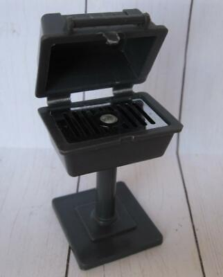 VINTAGE 1970s Fisher Price Little People/Dollhouse BLACK BBQ GRILL for PATIO SET