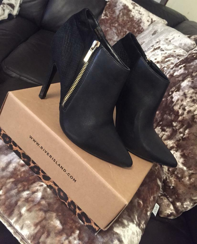 Ladies leather River Island ankle boots. UK 5. Worn once. £40