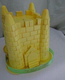 Yellow Castle Bucket