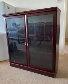 Mahogany Glass Display Cabinet with 2 wood shelving and 1 glass shelf-