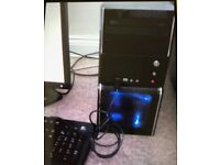 Desktop PC with Monitor & Keyboard no Mouse!
