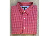 MENS SHIRT BY BANANA REPUBLIC. RED CHECK. BUTTONED COLLER. SIZE LARGE