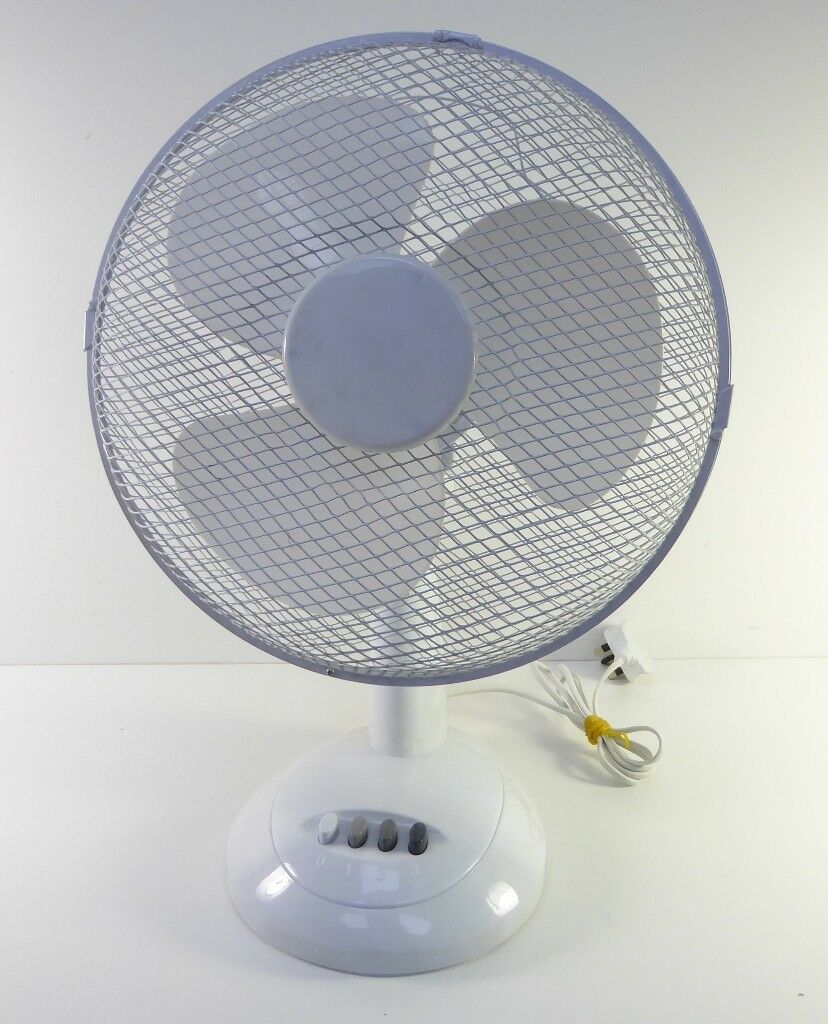 Daewoo 3 Speed Desktop Fan 1606525