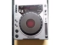 Pioneer CDJ 800 MK1 - Good working Order / Good condition - PICKUP ONLY !