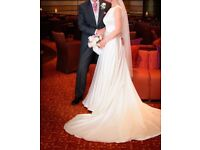 Gorgeous Designer Justin Alexander 8866 Wedding Dress with Chapel length train