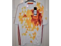 Adidas Spain Away 2016 COMPLETE Football Kit - BNWT - Boys Ages 13/14