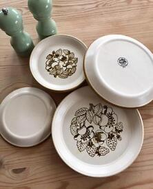Kiln Craft 'Bramble' 6 Side Plates, 3 Salad Plates