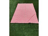 Heart Print Table Cloth