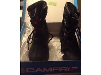 Camprio mens snow boots size 8 hardly worn