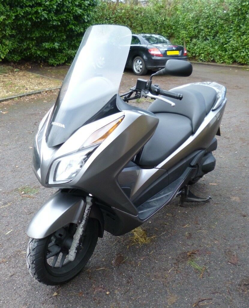 honda forza 300cc maxi scooter in bracknell berkshire gumtree. Black Bedroom Furniture Sets. Home Design Ideas