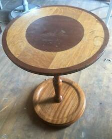 Retro round side table/pot stand