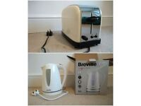 Kettle and toaster, both in great condition