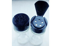 2 New Clear Glass EMPTY Refillable Spice Jars with Black Lidded Sprinkler Tops.