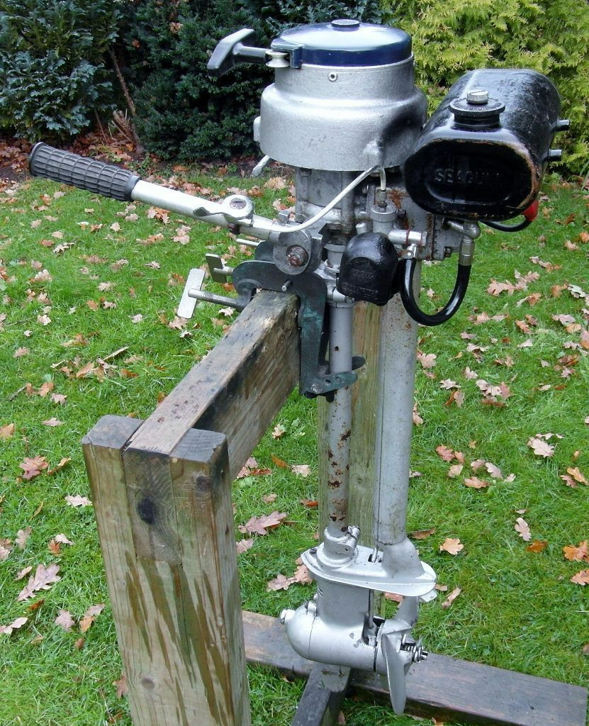 Seagull 40 plus engine with clutch and re coil in hedge for Seagull outboard motor value