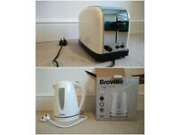 Kettle and toaster in great condition -- perfect for new home