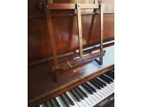 Beautiful Murdoch upright piano with light action