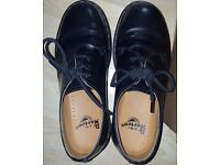 GREAT CONDITION DR MARTENS SIZE 5 1461 BLACK SHOE MEN AND WOMEN'S