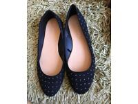 Women's dolly shoes