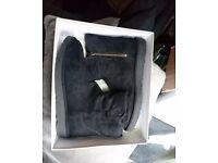 Ugg Abree mini in black - brand new