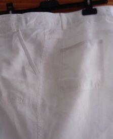 Linen trousers / pants – white size 16 (BNWOT)