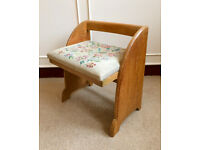Solid Oak Vintage Low Back Cream Tapestry Floral Bedroom Occasional Chair