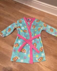 Girls Elsa dressing gown age 6-7