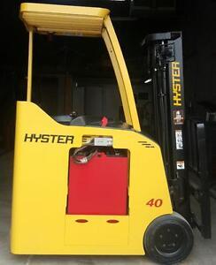 Location de chariot elevateur rent forklift longue  et court duree capacity interieur exteriur electrique propane diesel