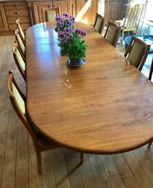 G Plan Extendable Dining Table & 14 Chairs