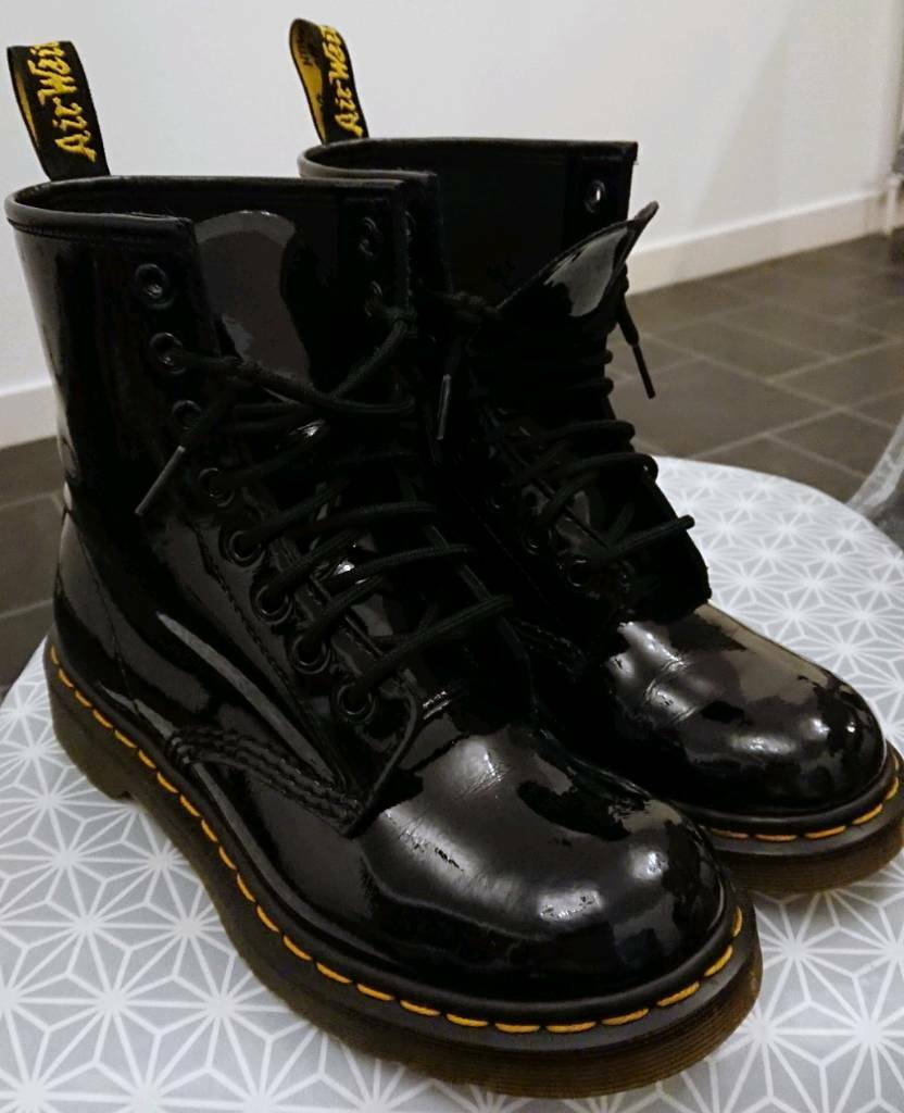 141ca5827d9e Dr Martens 1460 patent 8-eye boots UK 5 | in East End, Glasgow ...