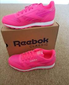 Reebok Classic Leather Girl Squad. Size 5.5. Brand new with box. RRP £60.