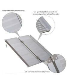 NEW - Homcom portable Aluminium 3 Ft Ramp