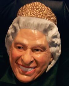 CHRISTMAS NEW YEAR PARTY HM QUEEN ELIZABETH SPITTING IMAGE FULL HEAD FUN MASK. NEW CONDITION.