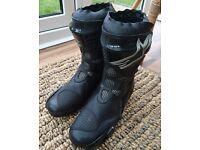 Alpinestars Supertech R Motor Cycle Boots. Black, Size 44