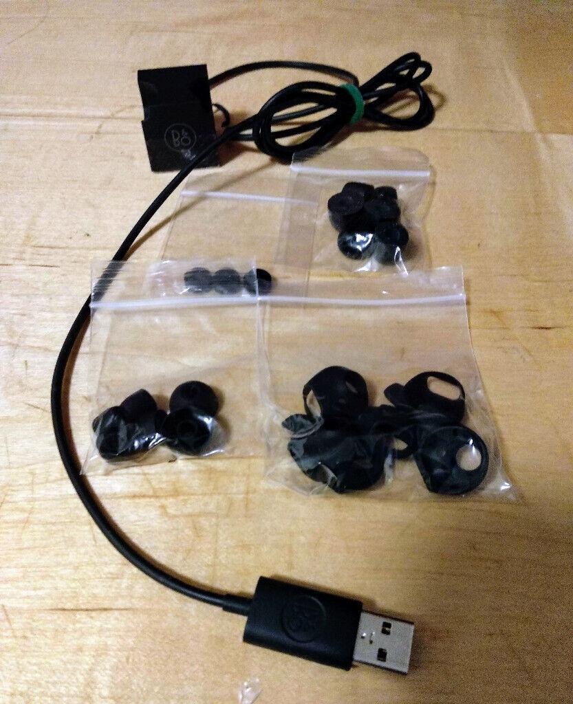 95d102f54e8 Bang & Olufsen Beoplay H5 Wireless Bluetooth Earbuds – Moss Green
