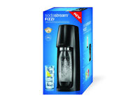 SODASTREAM FIZZI NEW IN BOX WITH FULL GAS CYLINDER AND BOTTLE