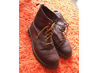 Brown leather Dr Martens boots, size 6