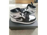 Nike air Jordan 1 mid shadow white grey UK 10