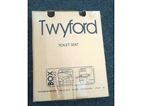 Twyford replacement Toilet seat brand new boxed